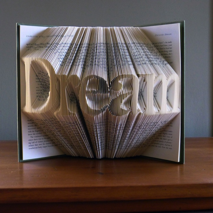 Creative Visual Art Folded Book Pages Art Sculputes By